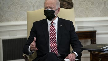 Biden tells governors minimum wage hike unlikely to pass