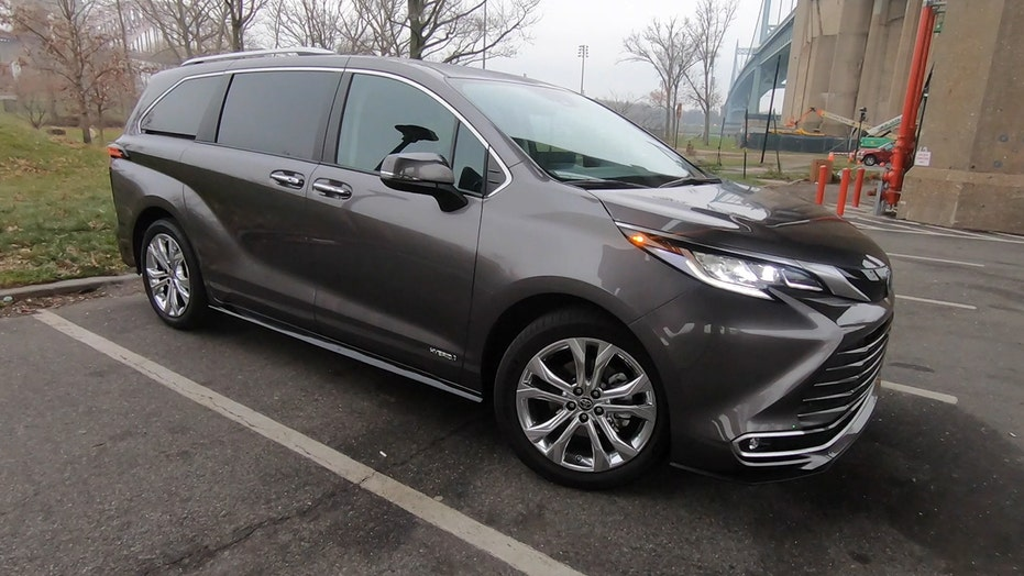 Test drive: The 2021 Toyota Sienna hybrid minivan was long overdue