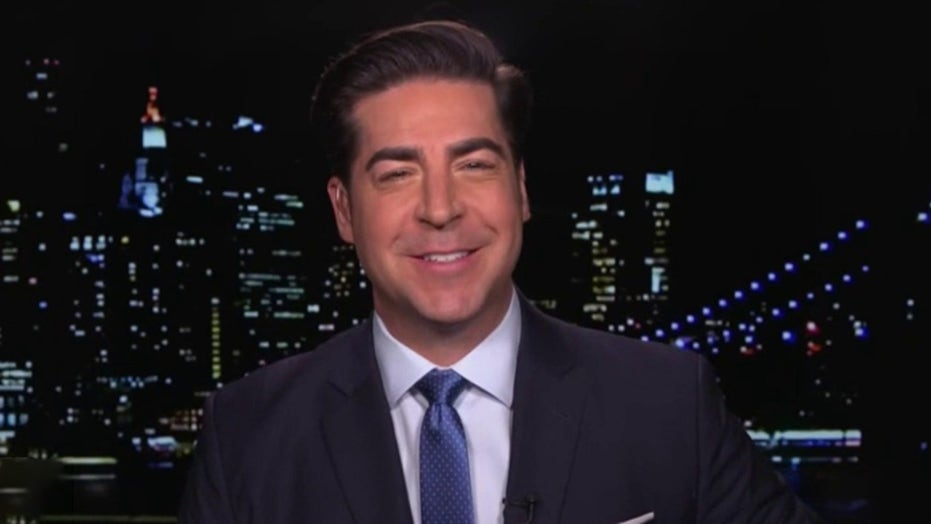 Jesse Watters slams mainstream media's ties to Democrats: 'Let's name names'