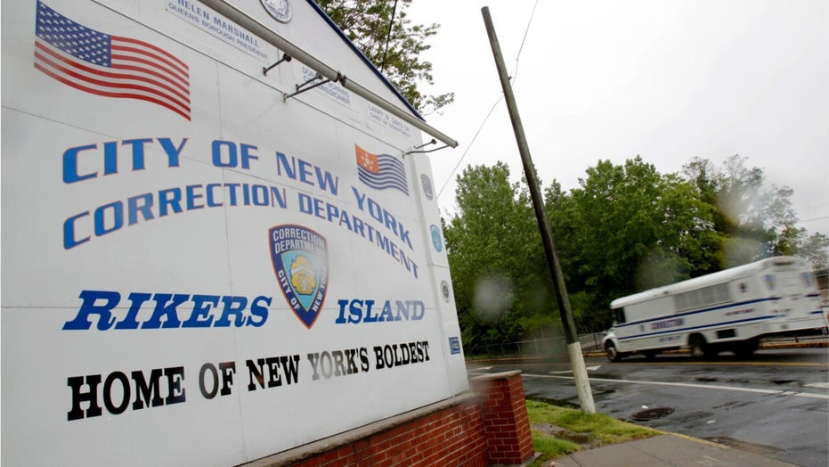 DAs blast De Blasio as violent offenders set for release from Rikers