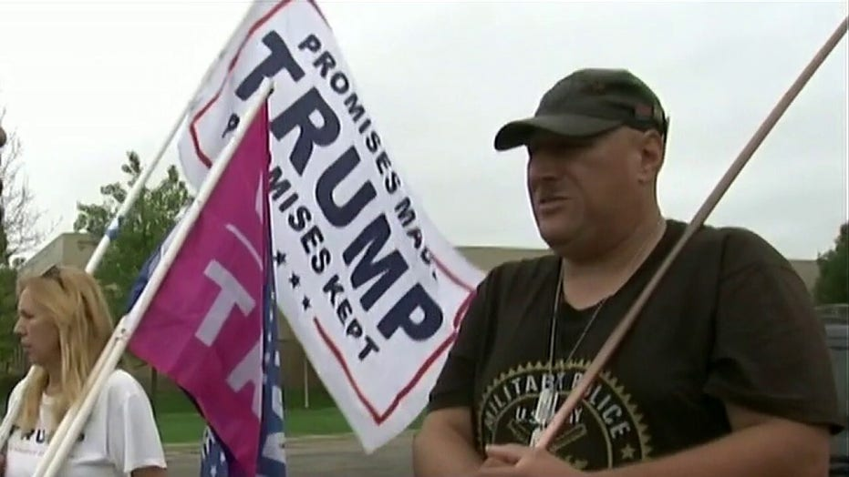Trump supporters tell Lawrence Jones why they crashed Biden event in Michigan: 'We love the president'