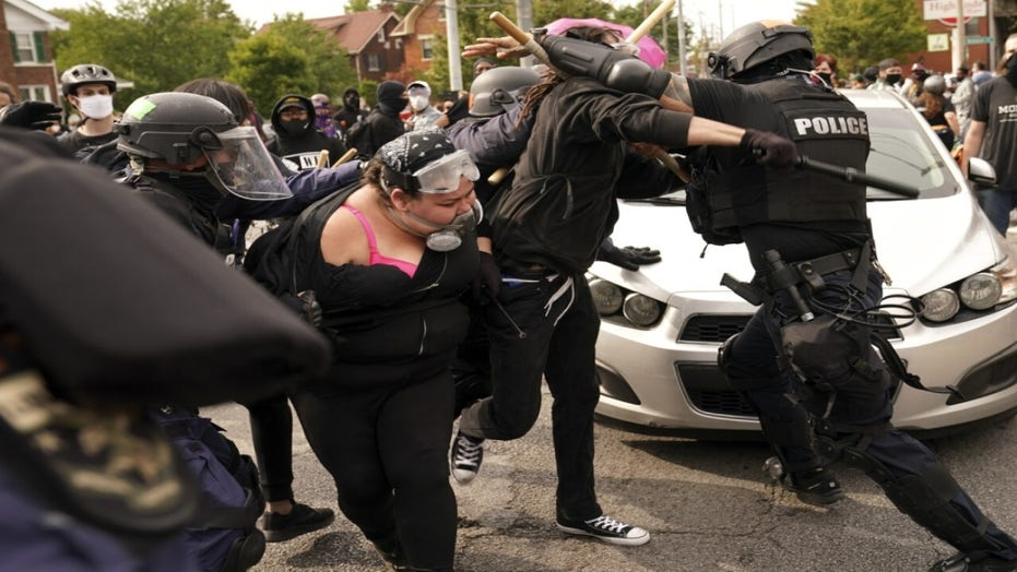 Who is organizing Louisville protests?