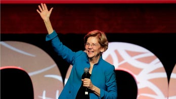 Warren mocks Klobuchar over 'Post-it Note' health care plan