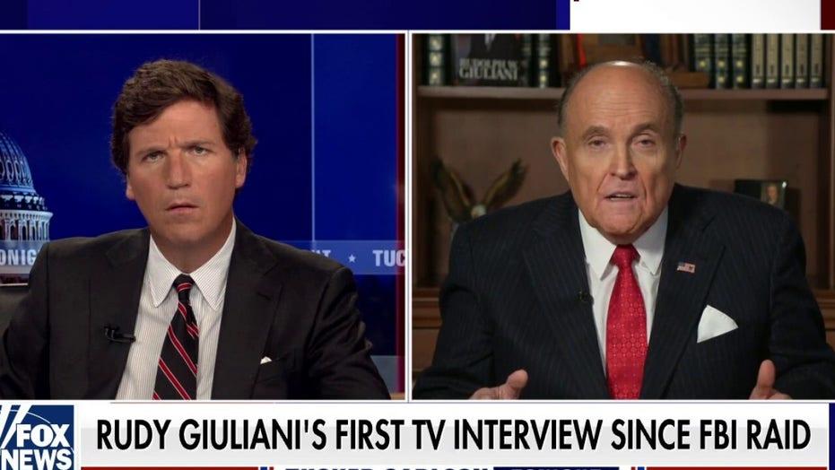 Rudy Giuliani joins 'Tucker' after FBI raid, claims agents showed no interest in Hunter Biden hard drives