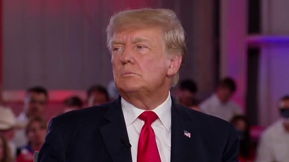 Trump easily wins CPAC 2024 GOP presidential nomination straw poll