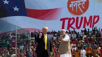 India welcomes Trump as hundreds of thousands pack the streets to see him