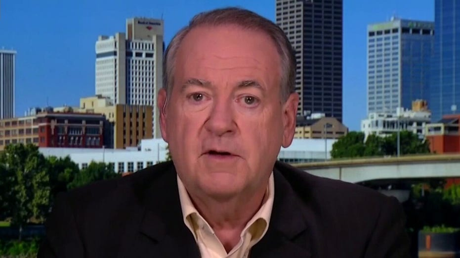 Gov. Mike Huckabee weighs in on religious voters, 2020 election