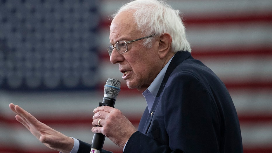 Sanders tears into Trump at New Hampshire rally