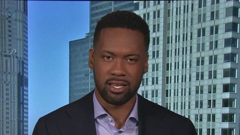 Lawrence Jones urges Chicago to 'stop the violence' after shootings rock the city