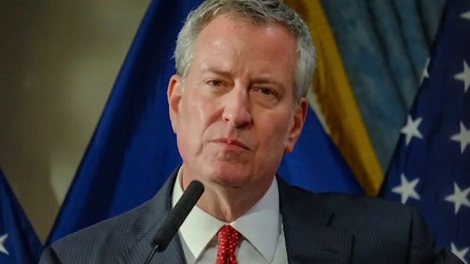 De Blasio cancels Macy's parade because attendees 'obey the law': Seth Barron