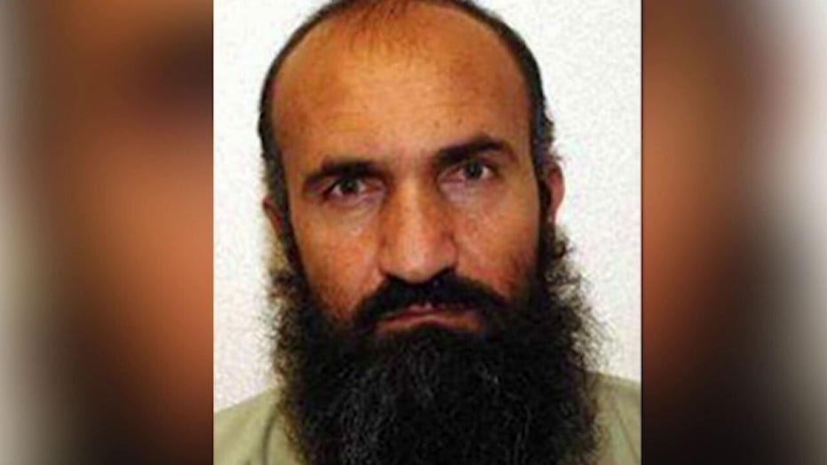 9/11 mastermind, 4 other Guantanamo Bay detainees seen smiling during first group court appearance in 500 days