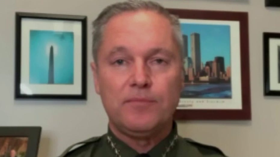 CA sheriff refuses to release 1,800 inmates after judge's order: 'Serious threat' to community