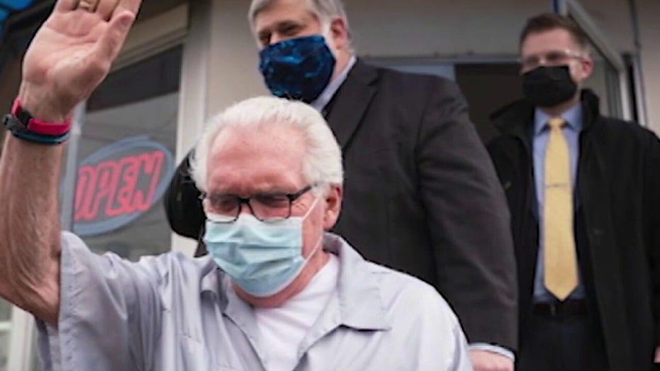 Michigan barber Karl Manke on defying Gov. Whitmer's stay-at-home order