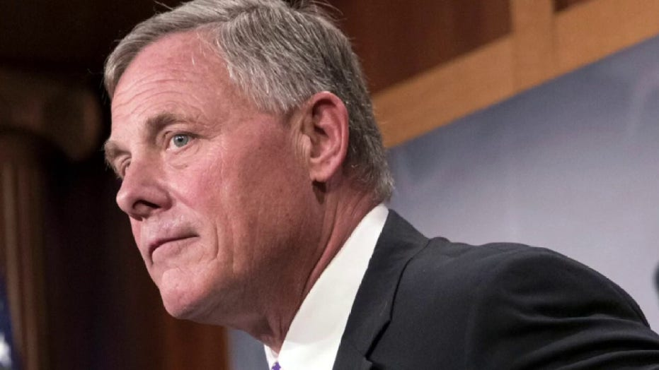 Report: Federal agents seize Sen. Richard Burr's cellphone