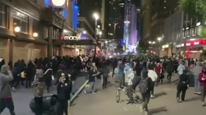Thousands defy New York City curfew as protests continue