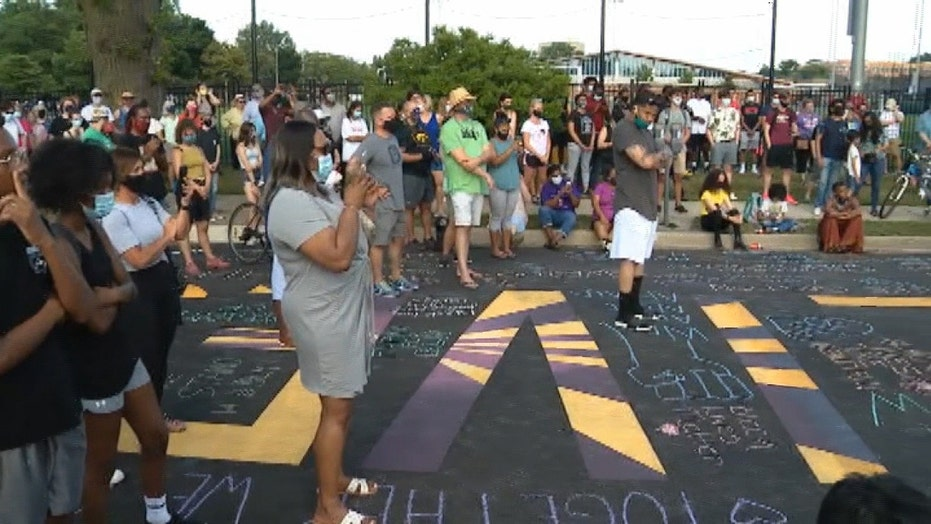 Illinois community comes together to support Black Lives Matter after mural is defaced