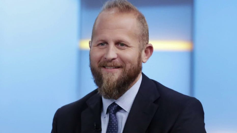 Trump's ex-campaign manager Brad Parscale detained after threatening to harm himself: 报告