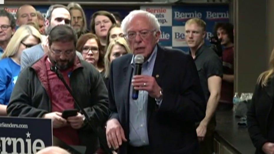 2020 Democrats make last-minute scramble for support in Iowa