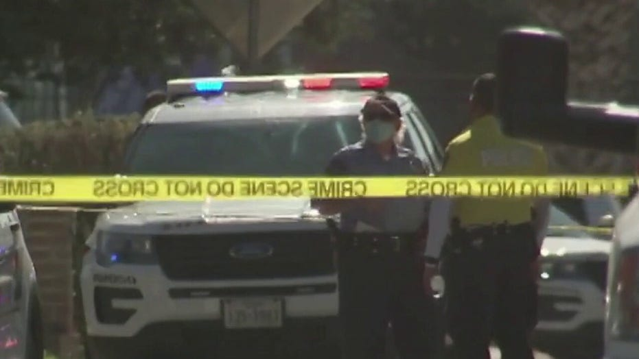 Two Texas police officers killed in ambush shooting