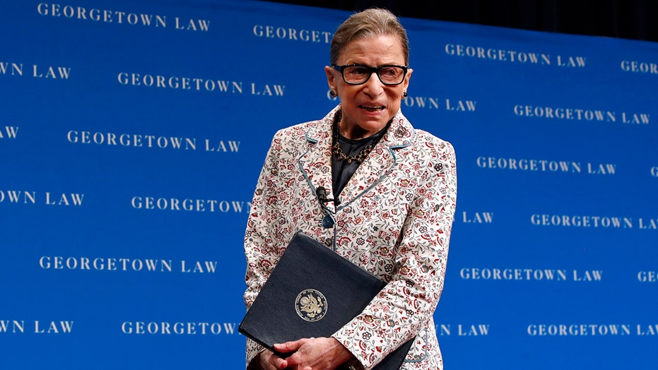 Chief Justice John Roberts pays tribute to Justice Ruth Bader Ginsburg