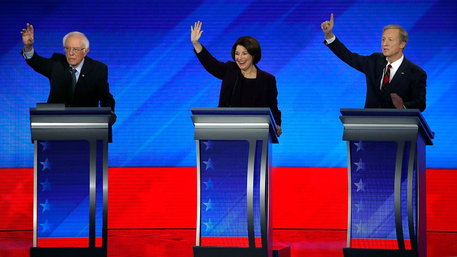2020 Democrats debate ahead of high-stakes vote in New Hampshire