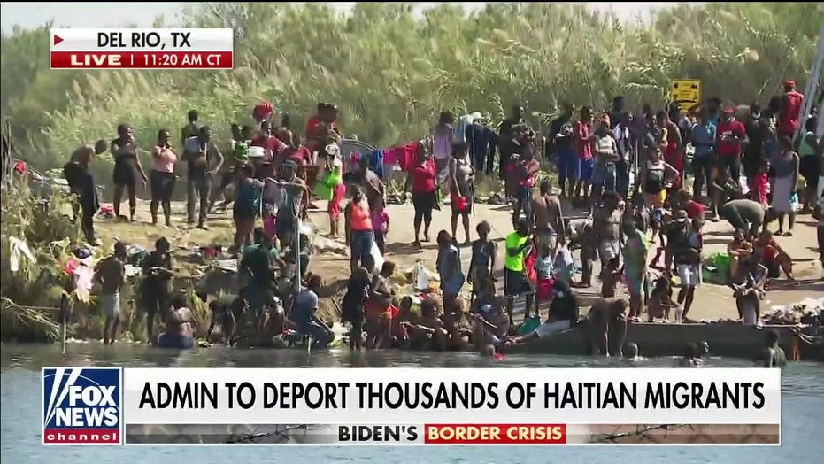 Border flooded with hundreds of migrants crossing into Texas