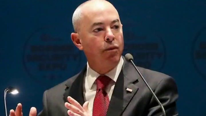 Secretary of homeland security's border trip remained closed to press