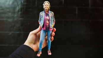How to clone yourself as a 3D-printed figure