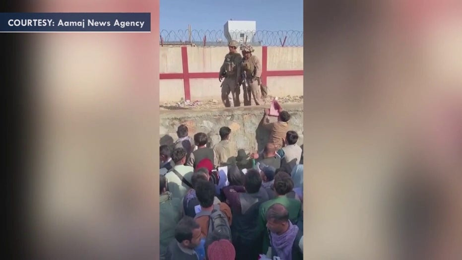 Former Marine, CIA officer helping American troops at Kabul airport identify evacuees from crowds