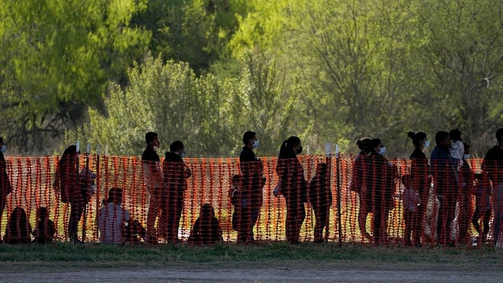 Texas sheriff: Biden border policies causing 'massive resettlement' of America