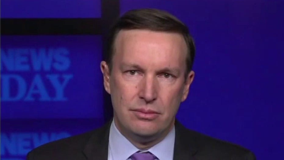 Sen. Murphy: 'We have a constitutional responsibility' to hold Trump's trial