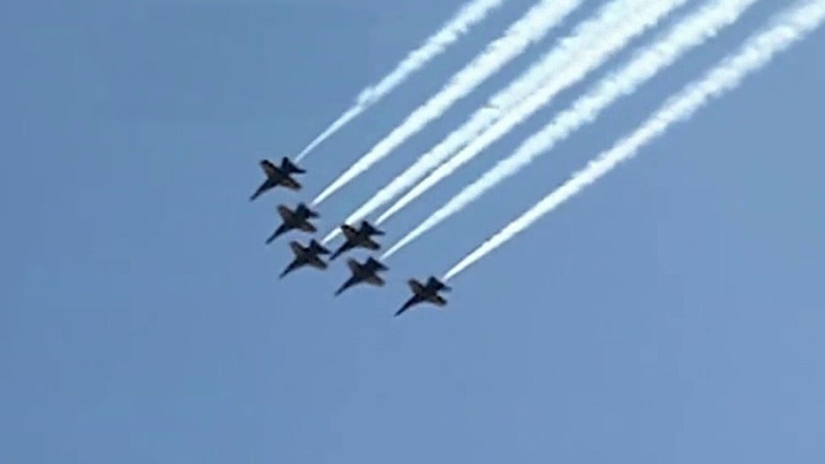 Thunderbirds, Navy Blue Angels honor first responders with flyovers