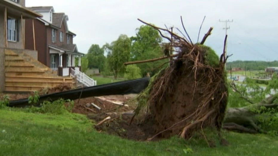 Thousands wake up without power after strong storms slam Tennessee