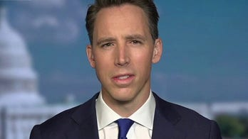 Sen. Hawley on Dems' Supreme Court packing threat: They're 'saying they'll burn down the Constitution'