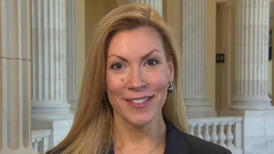Van Duyne urges GOP House members to 'refuse any and all' Big Tech money over 'censorship'