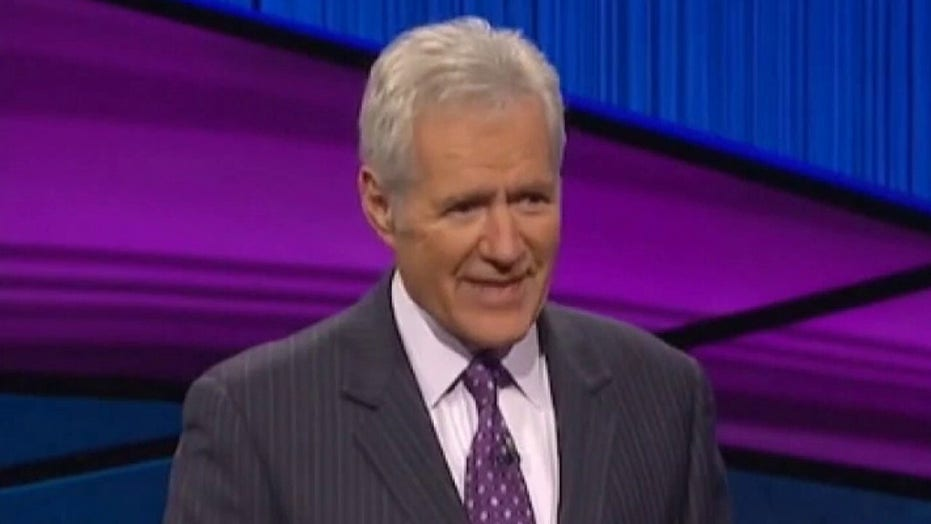 Celebrities react to 'Jeopardy' host Alex Trebek's death at age 80: 'A life well lived'