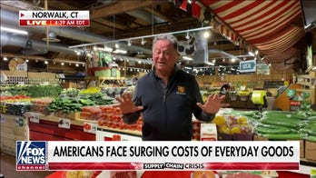 Grocery store CEO urges Biden White House to 'incentivize people' to work amid rising inflation