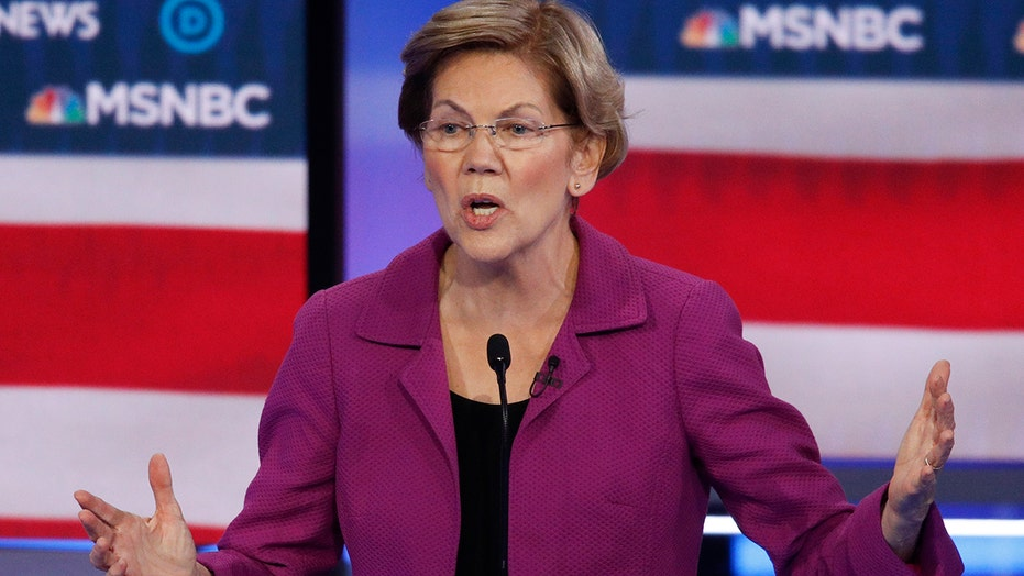 2020 hopeful Elizabeth Warren attacks opponents, grills Bloomberg at Las Vegas debate