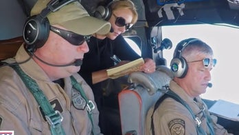 Lara Logan goes on hunt for drug smugglers with Customs and Border Protection on 'No Agenda'