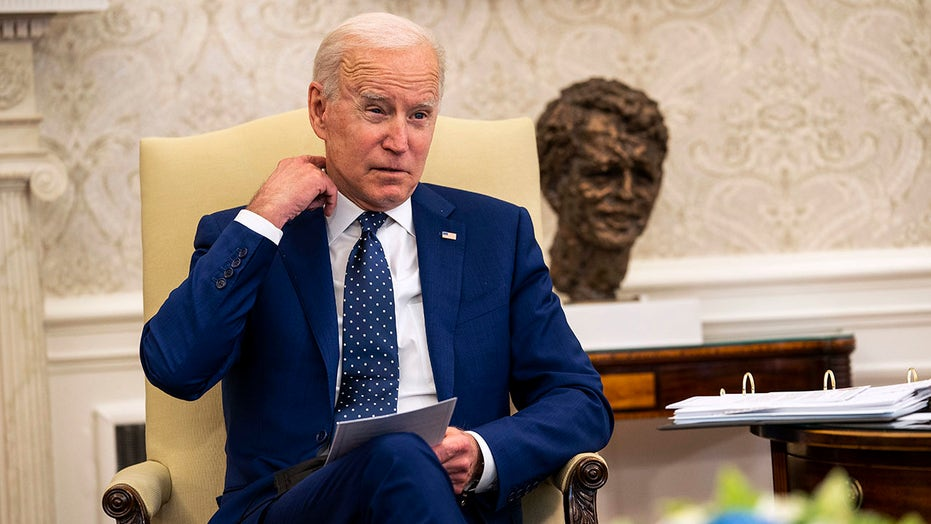 MSNBC slams photo of Biden alone at Camp David during Afghanistan briefing: 'Conveys an isolation'