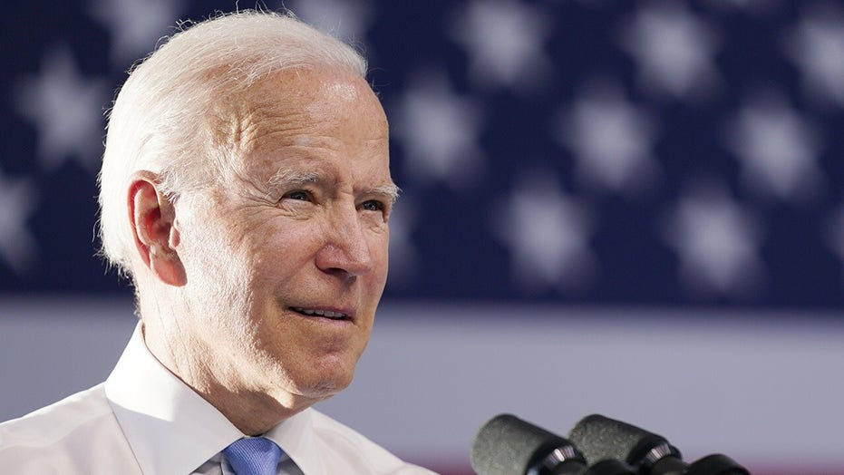 Bidens announce death of family dog Champ, 'our sweet, good boy'