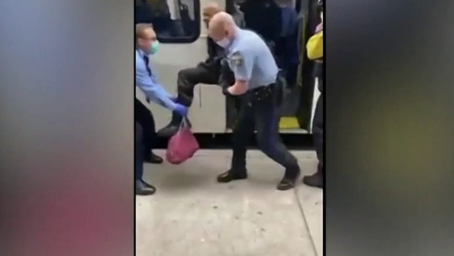 Passenger kicked off bus in Philadelphia for not wearing face covering