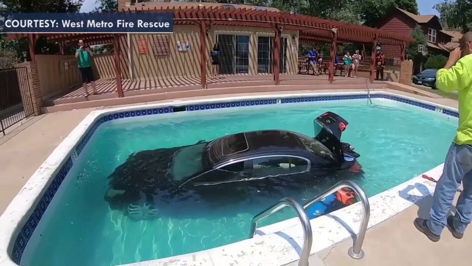Colorado teen cited after driving into swimming pool