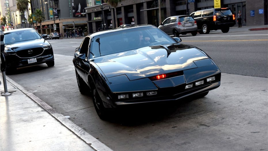 What car should play KITT from Knight Rider?