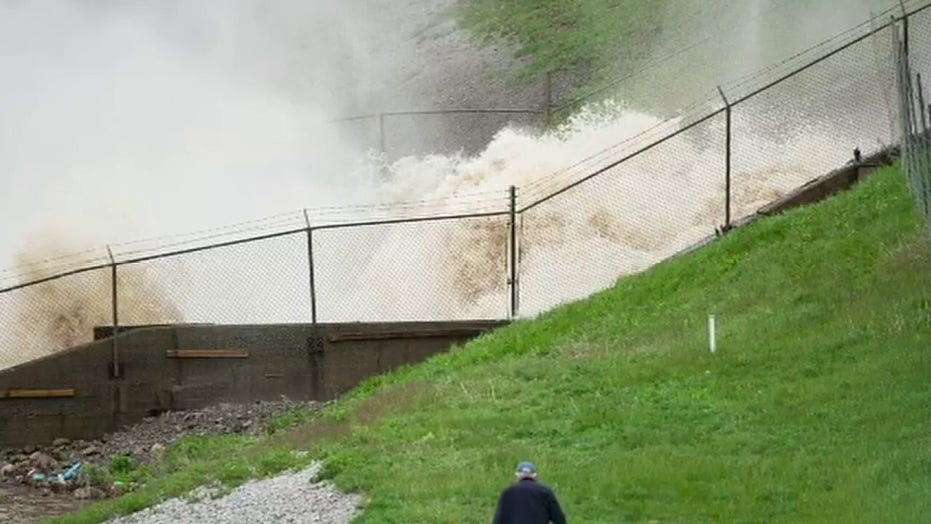 Michigan city could be under 9 feet of water after dams burst amid heavy rain