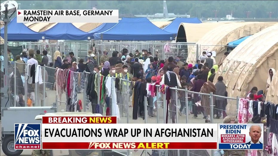 US military escape from Afghanistan: Air Force crews describe 'apocalyptic' final scenes
