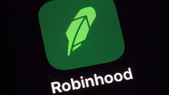 Charles Payne on stock market frenzy: Robinhood chose hedge funds over customers