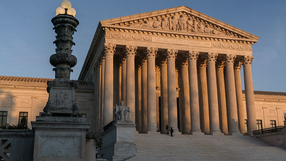 Biden Supreme Court commission debates court-packing amid liberal backlash to split approach to reform