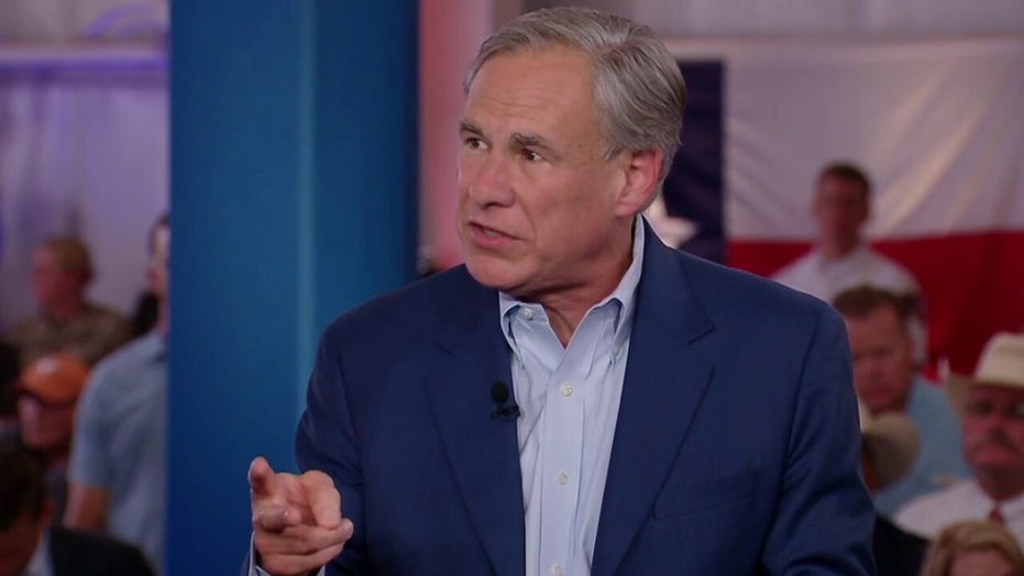 Texas Gov. Abbott slams feds for 'complete abandonment' of border laws amid 'unprecedented' migrant surge