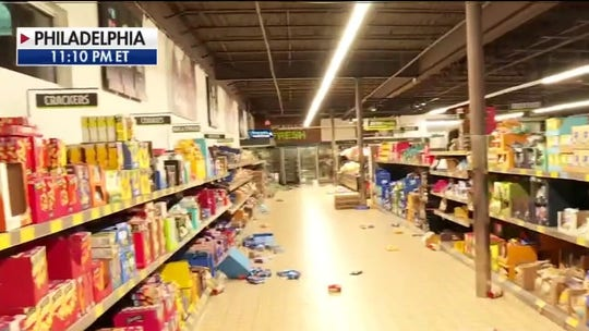 Looters hit grocery store, businesses in Philadelphia